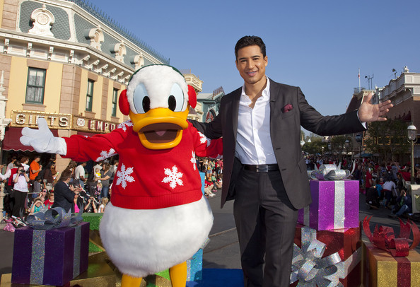 mario lopez and donald duck tape disney christmas special at disneyland in california