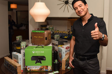 Mario Lopez Fallout 4 Video Game Preview Lounge