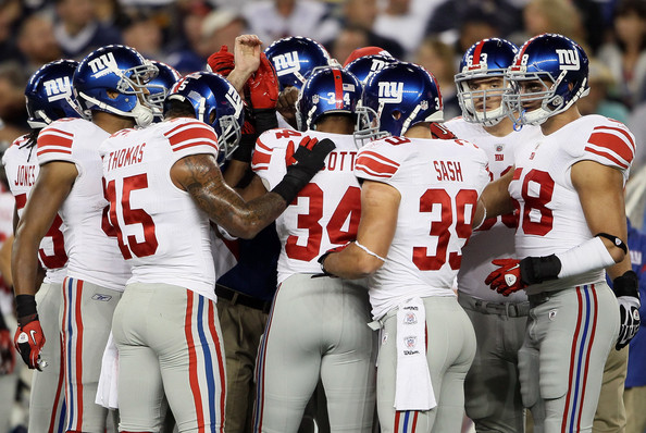Mark+Herzlich+New+York+Giants+v+New+Engl