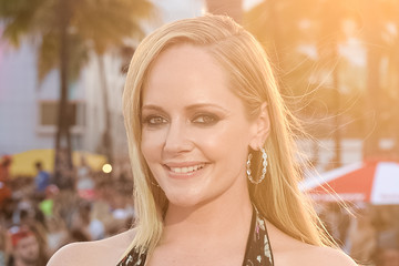 Marley Shelton Paramount Pictures' World Premiere of 'Baywatch'