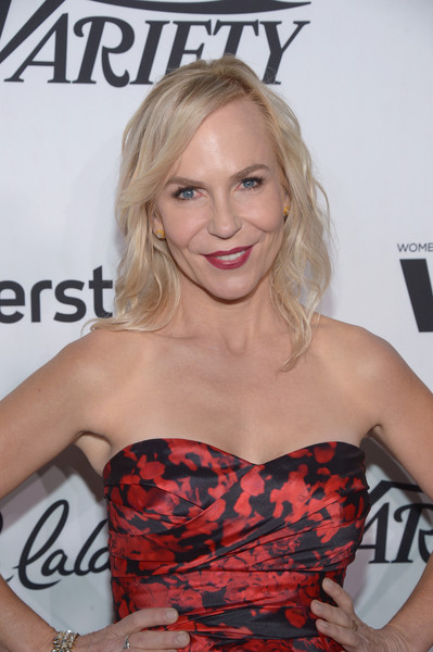 noxon women Marti noxon, the woman behind 'unreal' and 'girlfriends' guide to divorce'  launches new series with julianna margulies and amy adams.