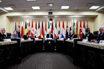 Martin E. Dempsey Barack Obama Meets with Foreign Defense Chiefs