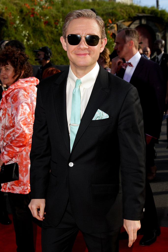 http://www4.pictures.zimbio.com/gi/Martin+Freeman+Hobbit+Unexpected+Journey+World+LJKmbmlYcCZx.jpg