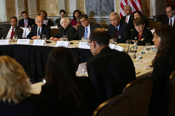 Martin Gruenberg Treasury Secretary Lew Leads Financial Stability Oversight Council Meeting