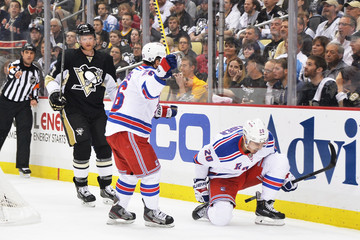 Martin St. Louis Chris Kreider New York Rangers v Pittsburgh Penguins