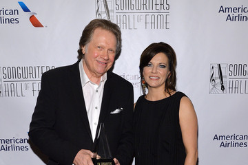 Martina McBride Backstage at the Songwriters Hall of Fame Induction Ceremony