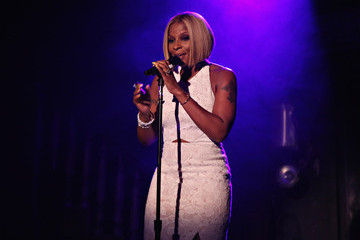 Mary J. Blige Mary J. Blige Attends the Casa Reale Fine Jewelry Launch