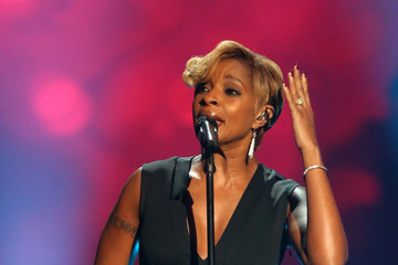 Mary J. Blige A Very GRAMMY Christmas