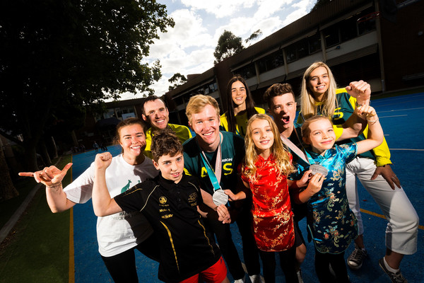 Australian Winter Olympic Athletes Visit Melbourne Schools
