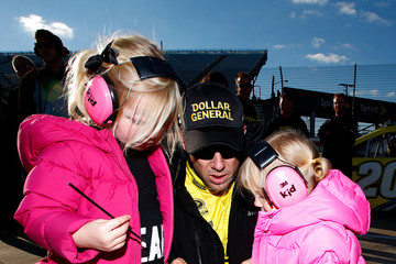 Photo of Matt Kenseth & his  Daughter   Grace Katherine Kenseth
