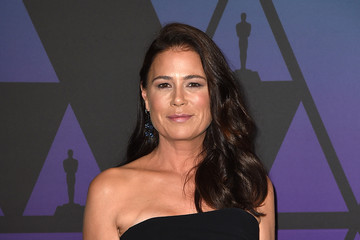 Maura Tierney Academy Of Motion Picture Arts And Sciences' 10th Annual Governors Awards - Arrivals