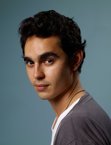 """Max Minghella Pictures - """"The Hunter"""" Portraits - 2011 ... Orlando Bloom Dating"""