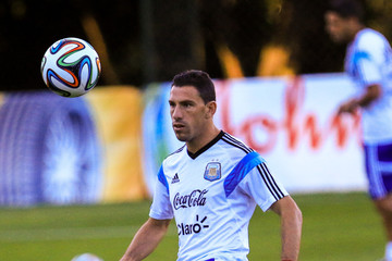 Maxi Rodriguez Argentina Training & Press Conference - 2014 FIFA World Cup Brazil