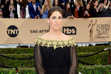Mayim Bialik 22nd Annual Screen Actors Guild Awards - Arrivals
