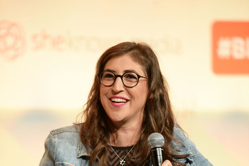 Mayim Bialik #BlogHer16 Experts Among Us Conference