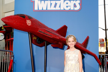 McKenna Grace Twizzlers Is Ready For Battle At Fox's 'Independence Day: Resurgence' Screening