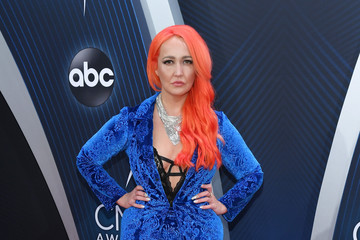 Meghan Linsey The 52nd Annual CMA Awards - Arrivals