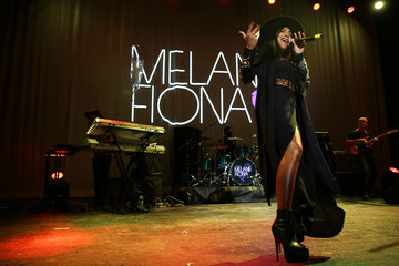 Melanie Fiona Verizon Brings the Finale of the 'Big Pay Off' To Chicago