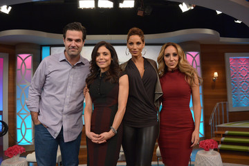 Melissa Gorga Bethenny Frankel Films Her Talk Show in NYC
