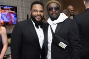 (L-R) Anthony Anderson and will.i.am attend the Mercedes-Benz Academy Awards Viewing Party at The Four Seasons Hotel Los Angeles at Beverly Hills on February 09, 2020 in Los Angeles, California.