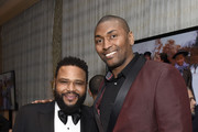 (L-R) Anthony Anderson and Metta World Peace attend the Mercedes-Benz Academy Awards Viewing Party at The Four Seasons Hotel Los Angeles at Beverly Hills on February 09, 2020 in Los Angeles, California.