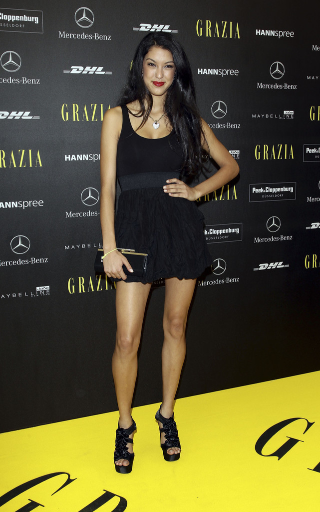 rebecca mir photos photos mercedes benz fashion week berlin opening. Cars Review. Best American Auto & Cars Review