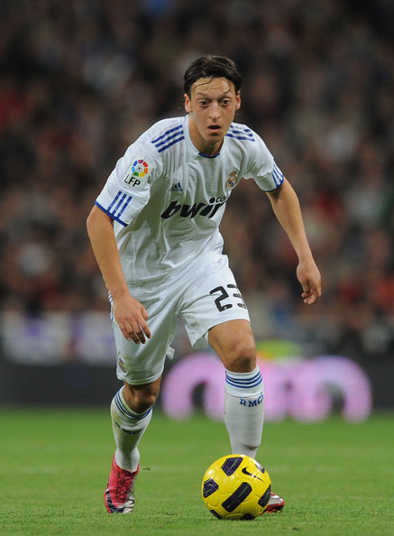 صور للاعب مسعود أوزيل ..◄███▓▒░ ஐ Mesut+Ozil+Real+Madrid+v+Atletico+Madrid+La+Pr0Ox1Obwprl