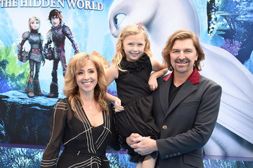 Michael Ann Young Universal Pictures And DreamWorks Animation Premiere Of 'How To Train Your Dragon: The Hidden World' - Arrivals
