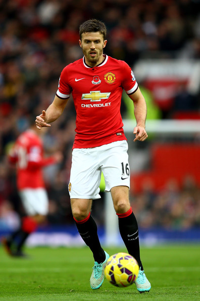 Michael Carrick Pictures - Manchester United v Crystal ...
