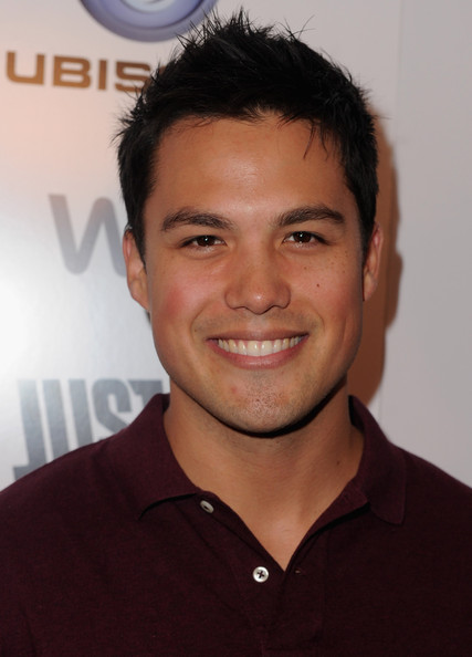 how tall is michael copon