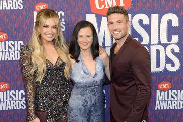 Michael Ray Carly Pearce 2019 CMT Music Awards - Executives