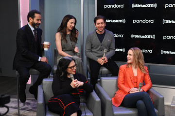 Michael Zegen Rachel Brosnahan SiriusXM's Town Hall With The Cast Of 'The Marvelous Mrs. Maisel' Hosted By SiriusXM's Michelle Collins