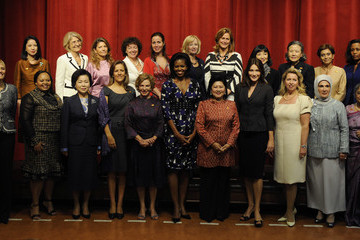 Nompumelelo Ntuli Michelle Obama Hosts Spouses Of World Leaders At Pittsburgh Summit