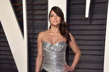 Michelle Rodriguez 2017 Vanity Fair Oscar Party Hosted By Graydon Carter - Arrivals