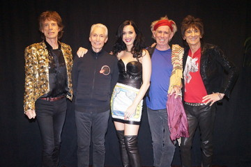 Mick Jagger Charlie Watts Katy Perry Performs with The Rolling Stones
