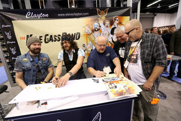 Mike Bray 2016 NAMM Show, Day 3: Lots of Artists, Questlove, The Legends, NAMM Foundation Grand Rally For Music Education With Weird Al