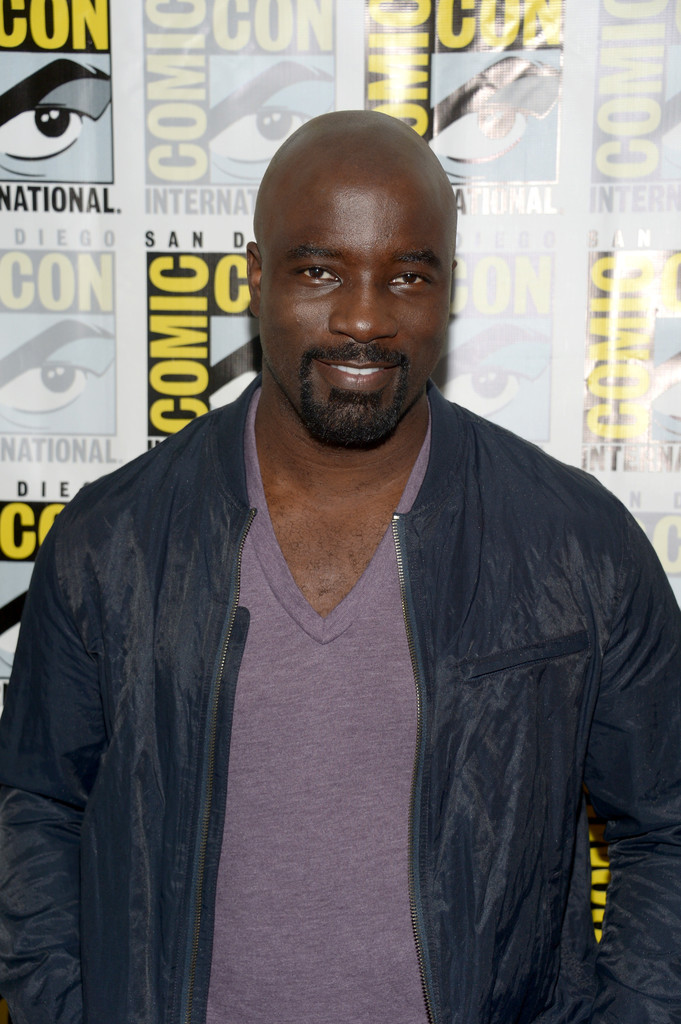 http://www4.pictures.zimbio.com/gi/Mike+Colter+Netflix+Marvel+Luke+Cage+San+Diego+pgpjNwMY_Fkx.jpg