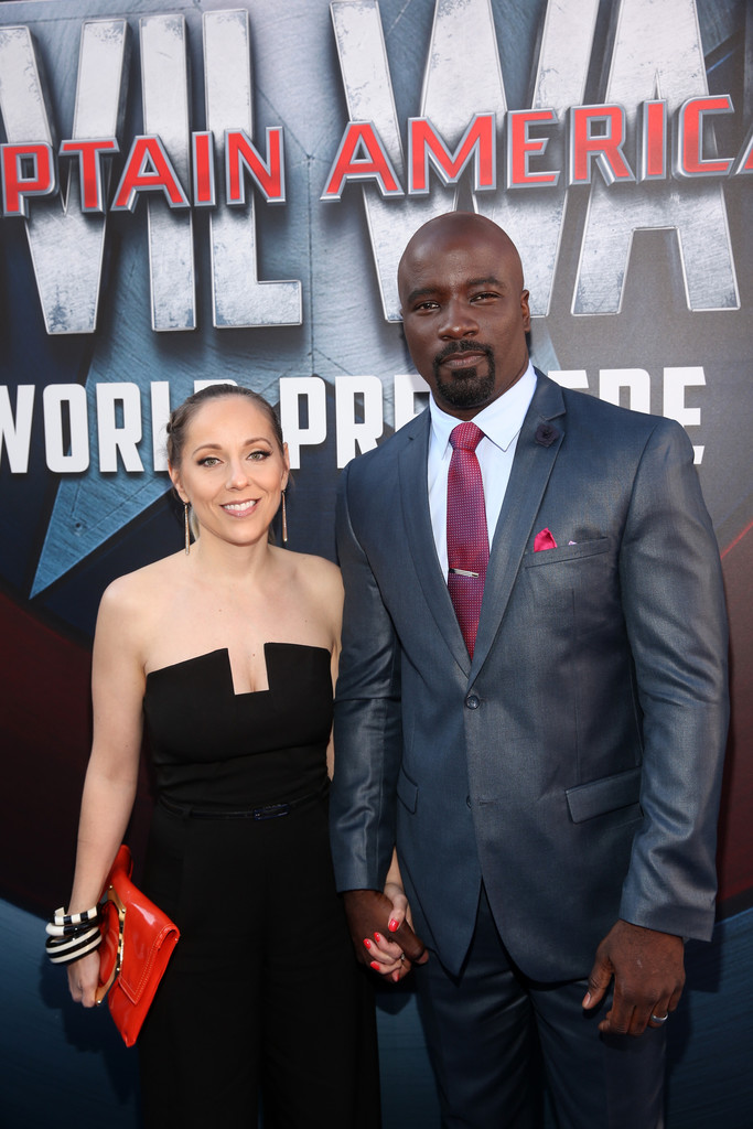http://www4.pictures.zimbio.com/gi/Mike+Colter+World+Premiere+Marvel+Captain+B9Pq8nbzscnx.jpg
