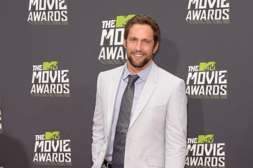 Mike Faiola Arrivals at the MTV Movie Awards 5