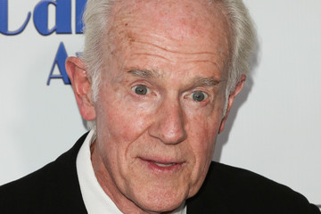 Mike Farrell 2018 Carney Awards - Arrivals