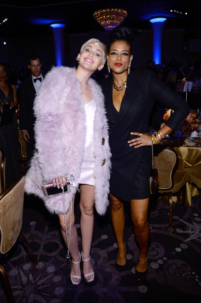 Miley Cyrus and Kelis - The 56th Annual GRAMMY Awards - Pre-GRAMMY Gala And Salute To Industry Icons Honoring  Lucian Grainge - Show