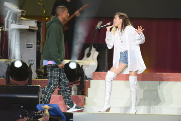Miley Cyrus One Love Manchester Benefit Concert