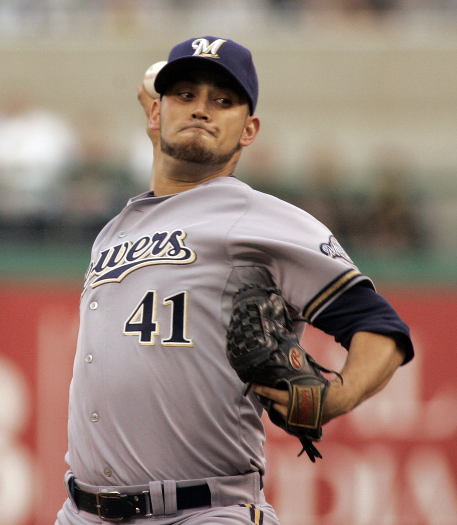 Milwaukee Brewers V Pittsburgh Pirates: Marco Estrada In Milwaukee Brewers V Pittsburgh Pirates