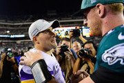 (L-R) Quarterback Kirk Cousins #8 of the Minnesota Vikings and quarterback Carson Wentz #11 of the Philadelphia Eagles shake hands after the Vikings 23-21 win at Lincoln Financial Field on October 7, 2018 in Philadelphia, Pennsylvania.