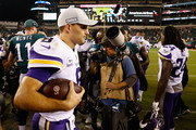 (L-R) Quarterback Kirk Cousins #8 of the Minnesota Vikings walks offsides the field after defeating the Philadelphia Eagles 23-21 at Lincoln Financial Field on October 7, 2018 in Philadelphia, Pennsylvania.