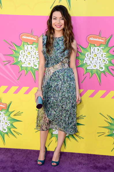 Miranda Cosgrove - Nickelodeon's 26th Annual Kids' Choice Awards - Arrivals