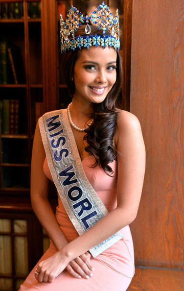 The official thread of Miss World 2013: Megan Lynne Young- Philippines  - Page 13 Miss+World+2014+Photocall+ksToW2PZZrPl
