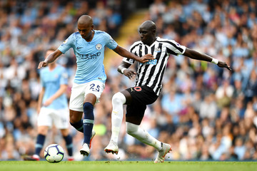 Mohamed Diame Manchester City vs. Newcastle United - Premier League