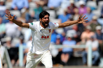 Mohammad Amir Yorkshire v Essex: Specsavers County Championship - Division One