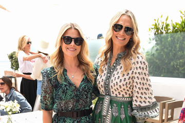 Molly Sims Lunch At The Beach With A Perfect Moment